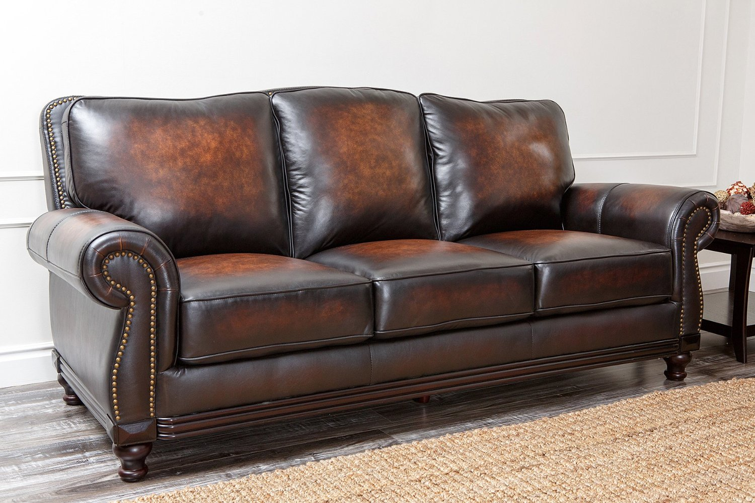 review of the best leather sofas that you can get off amazon